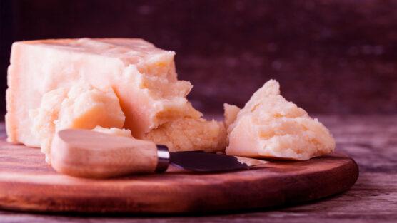 parmigiano-reggiano-massimo-bottura-risotto-cacio-pepe-netflix-chefs-chef-table-inova-social-destaque-2