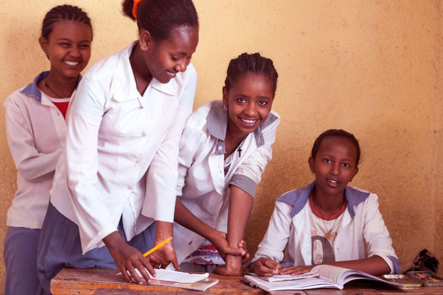 educacao-africa-coletor-menstrual-inova-social