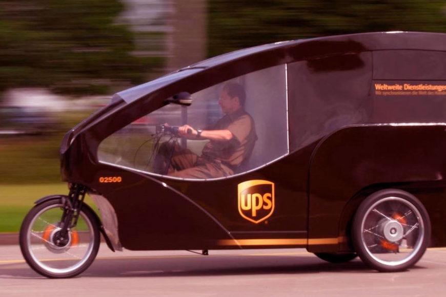 ups-cargo-driver-inova-social