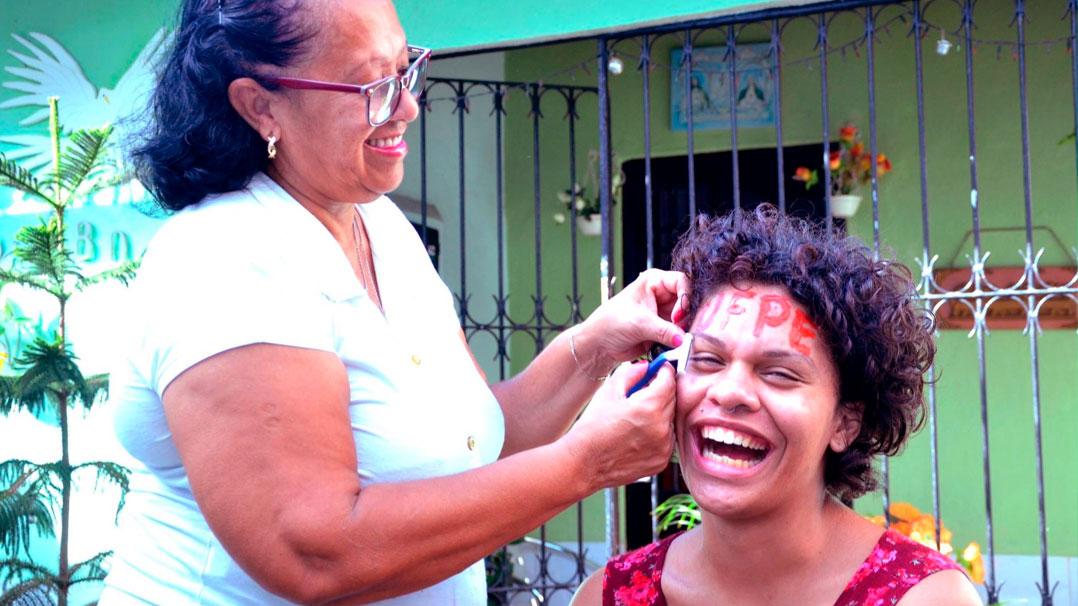 Transexualidade e Educação: Maria Clara Araújo no TEDxUFPE