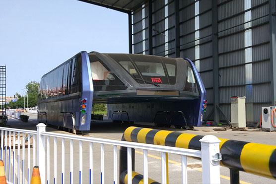 Transit-Elevated-Bus-abandonado-veiculo-transporte-coletivo-inovasocial