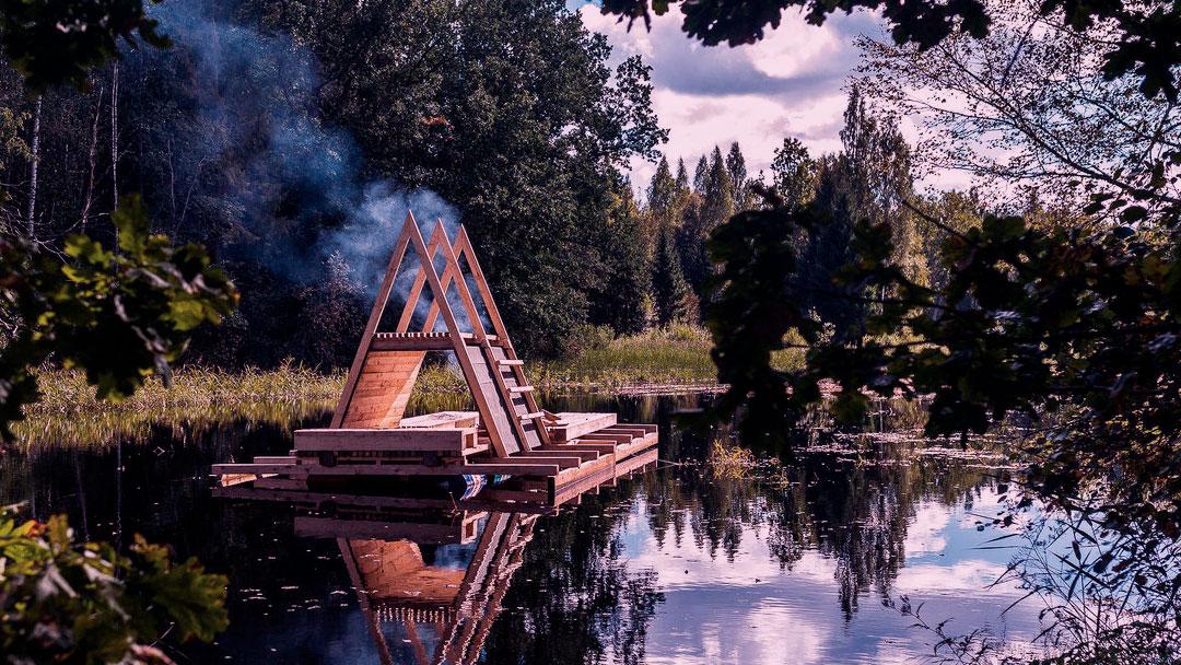 Estudantes da Estônia criam abrigo flutuante para lidar com inundações florestais
