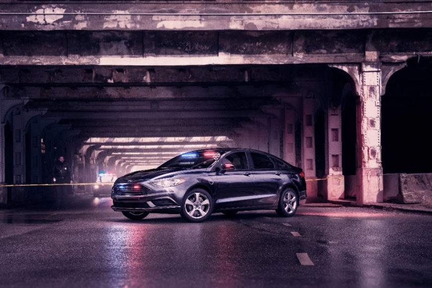 ford-sedan-hibrido-policia-inovasocial