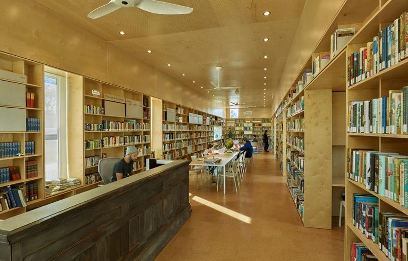 banco-biblioteca-alabama-newbern-eua-rural-studio-inovasocial-07