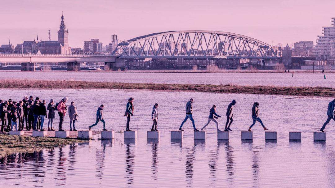 A ponte que está ajudando uma cidade holandesa durante suas grandes enchentes