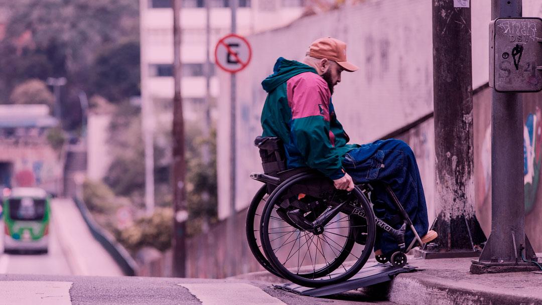 Conheça o Tapete de Acessibilidade, inovação para facilitar a mobilidade de cadeirantes