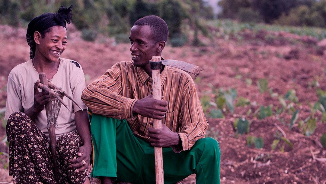 Nuru International: Existe solução para a pobreza extrema?