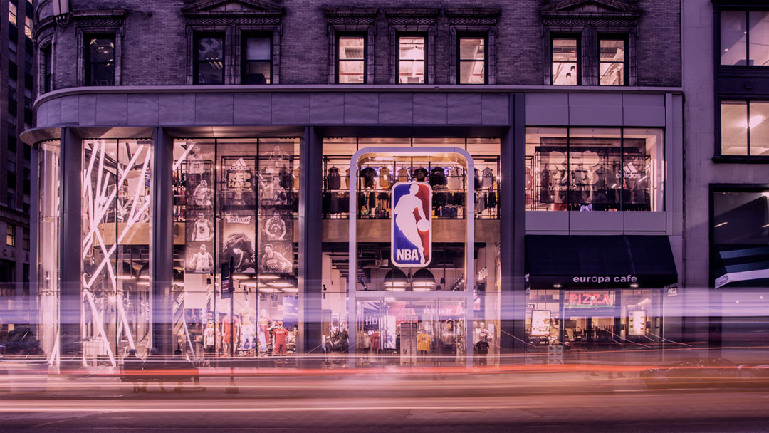 Saiba mais sobre a loja da NBA adaptada para receber consumidores autistas
