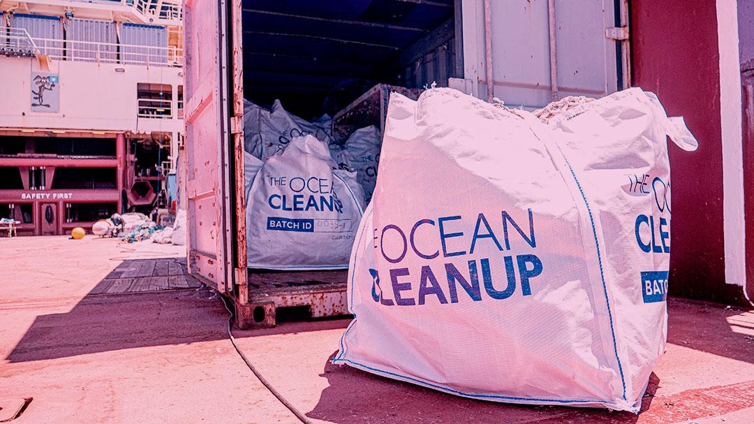 The Ocean Cleanup anuncia o fim bem-sucedido de sua primeira missão de retirada de lixo plástico do Pacífico