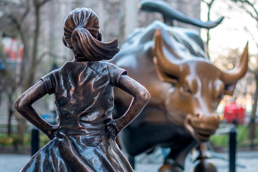 o-novo-ciclo-do-capitalismo-the-fearless-girl-charging-bull-wall-street-inovacao-social-inovasocial-destaque