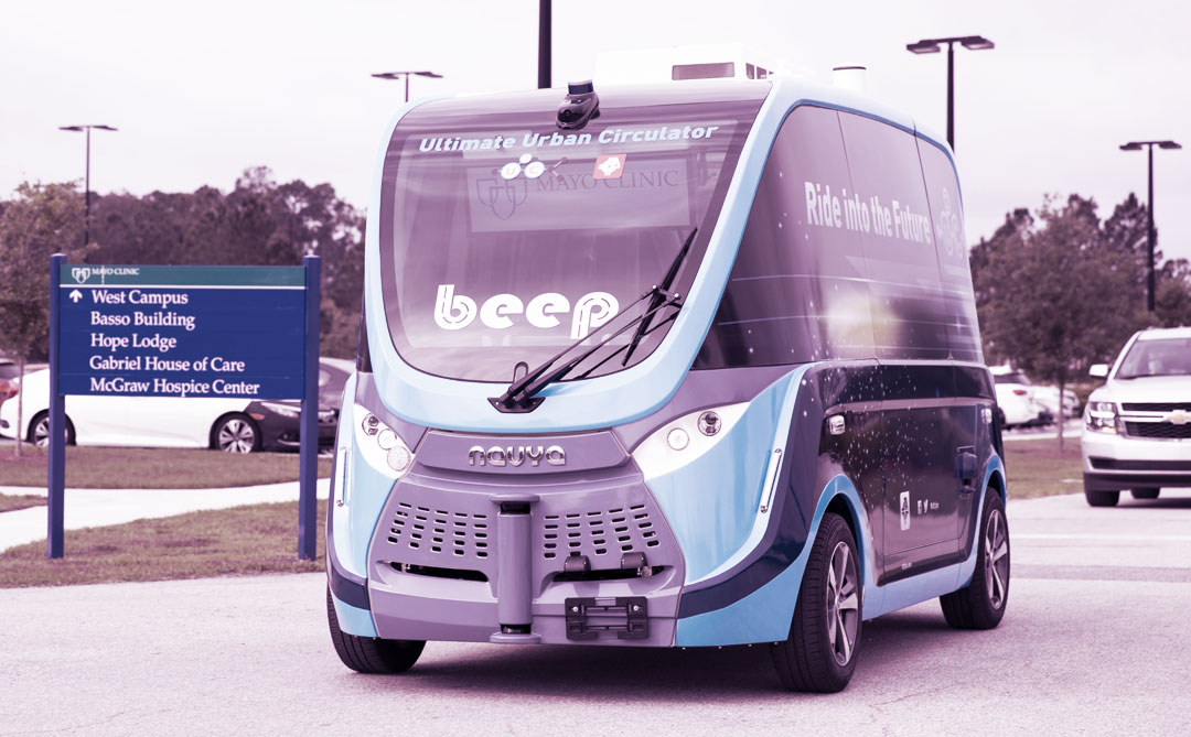 Veículos autônomos transportam suprimentos e testes da Covid-19