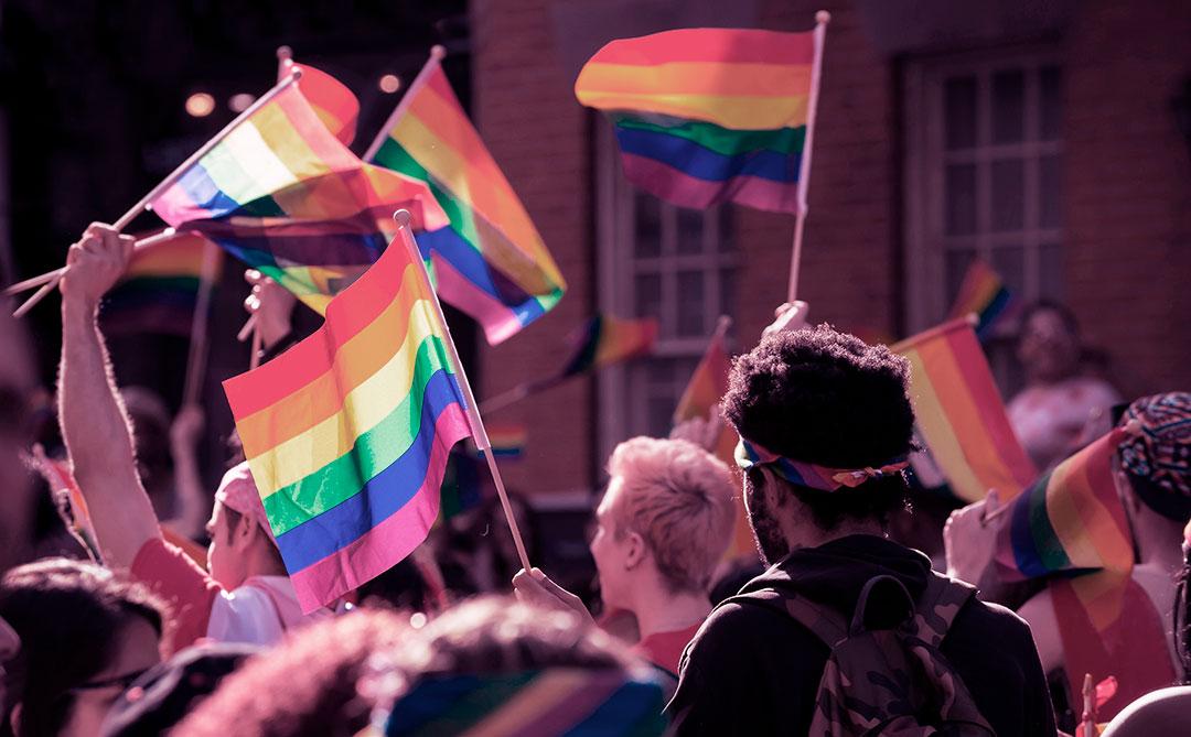 Orgulho LGBTI+: Criadores de conteúdo e projetos que você precisa conhecer