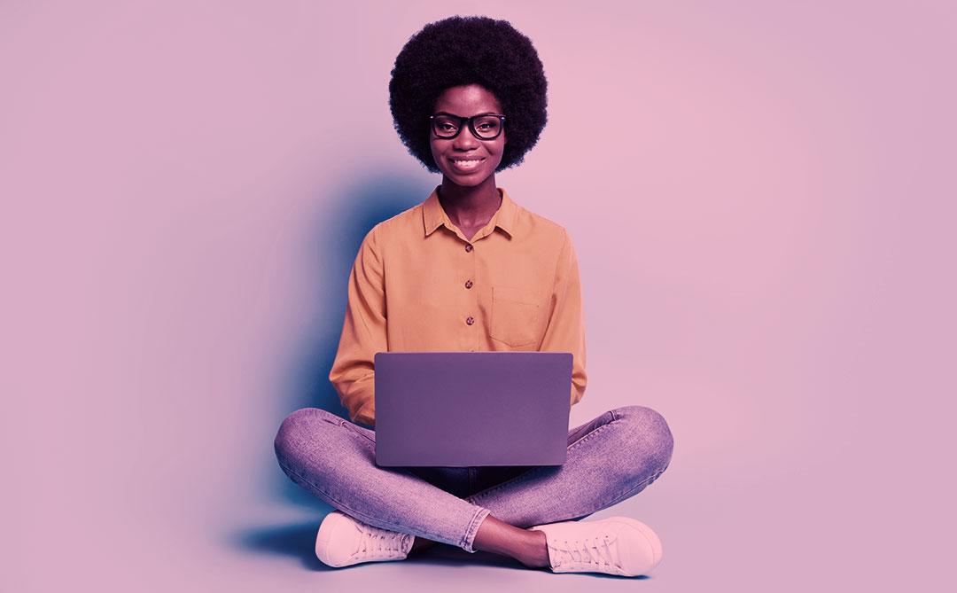 Todas em Tech: Programa gratuito formará programadoras trans ou negras