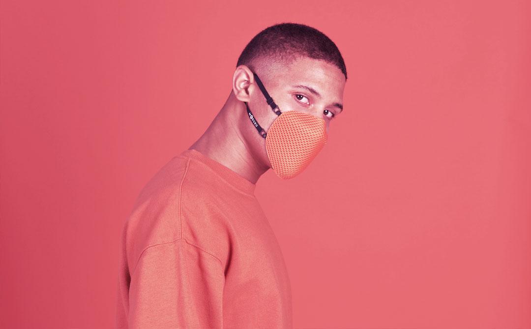 Masuku One: Uma máscara com filtro biodegradável, feita de material reciclado
